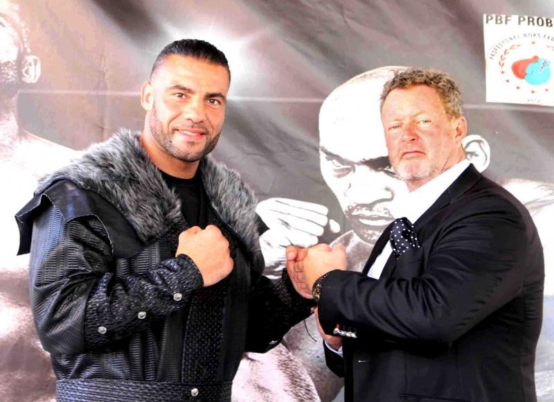 Manuel Charr and C. Jäger